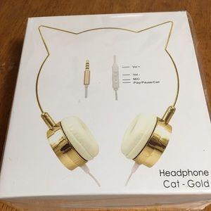 Accessories - Gold Cat Ear Headphones lightweight. 😻